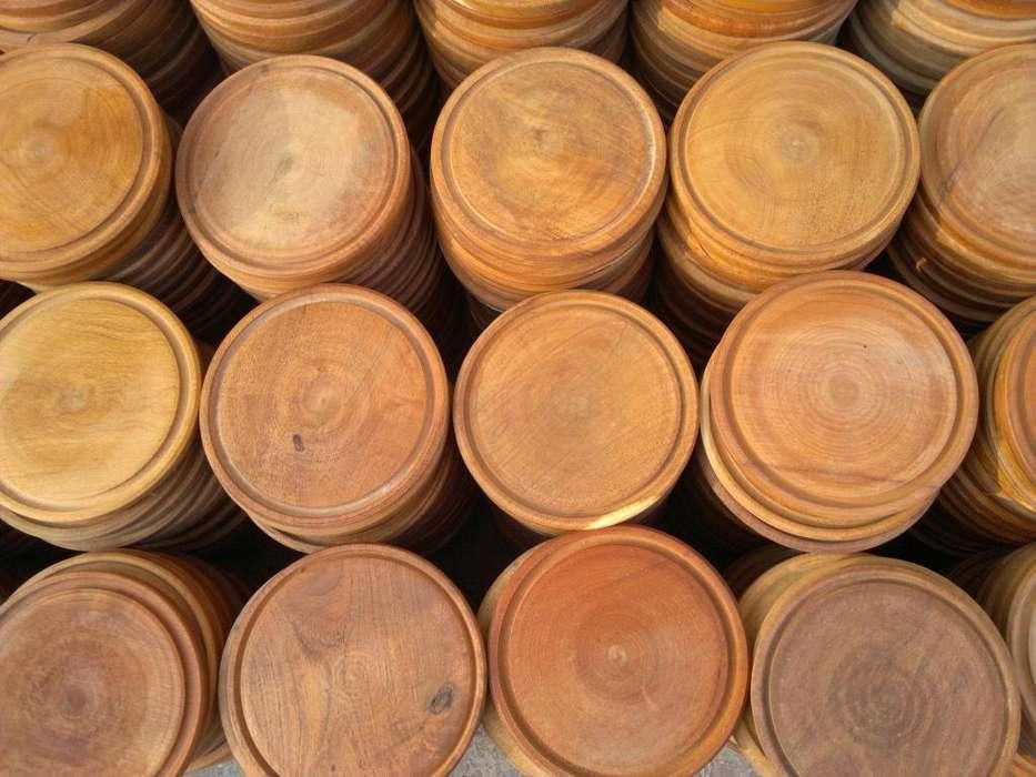 Platos de madera para asado