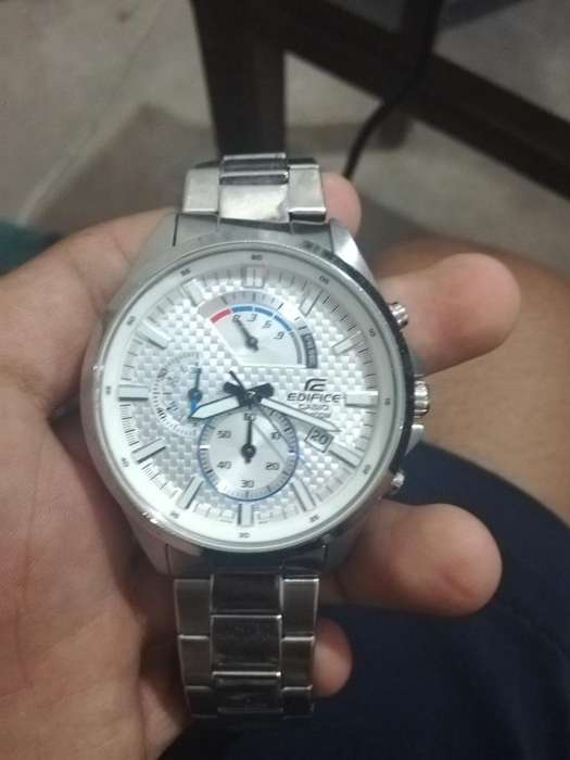 Vendo Reloj Casio Edifice 5546