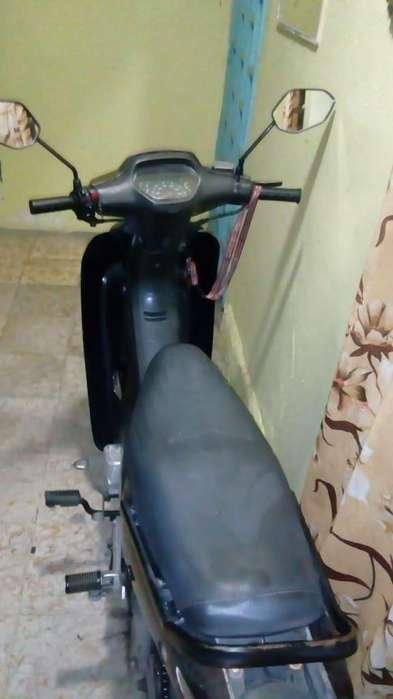 vendo moto en buen estado en cali