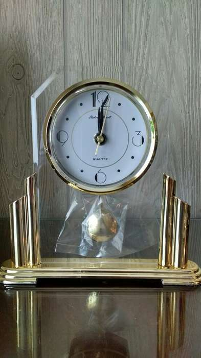 Reloj <strong>escritorio</strong> Nuevo con Pendulo