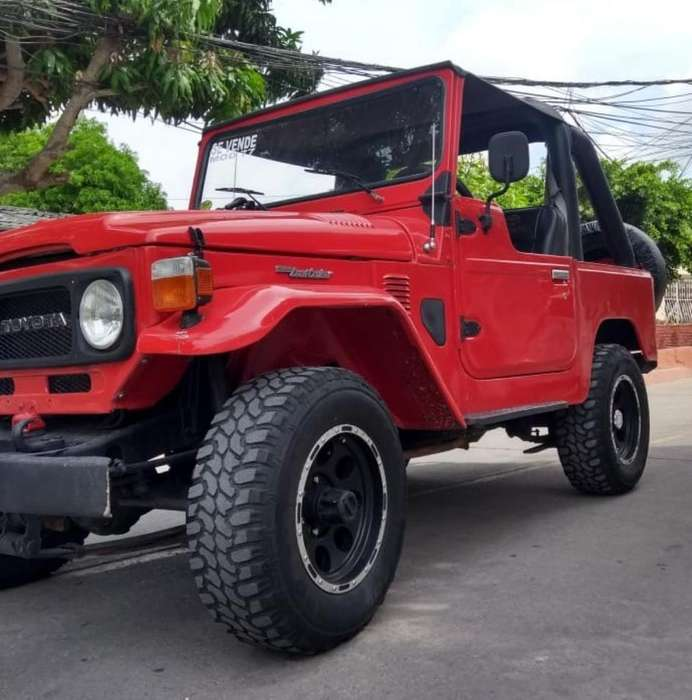 <strong>toyota</strong> FJ 1977 - 20000 km