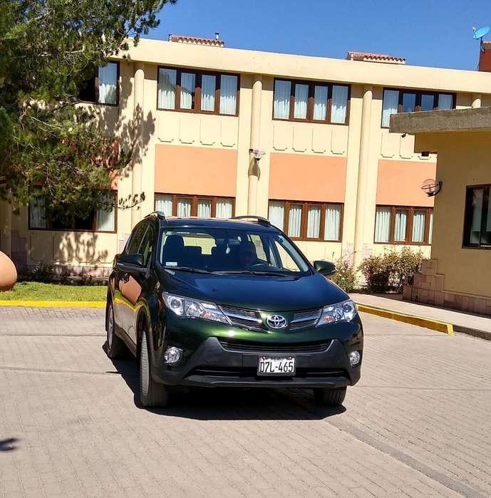 Toyota RAV4 2013 - 64000 km