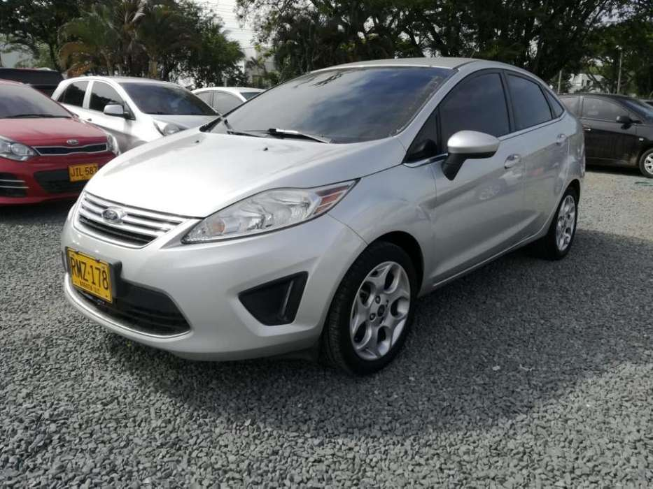 <strong>ford</strong> Fiesta  2012 - 68000 km