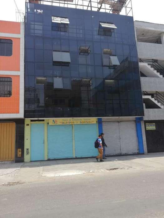 Local Instituto Superior Los Olivos