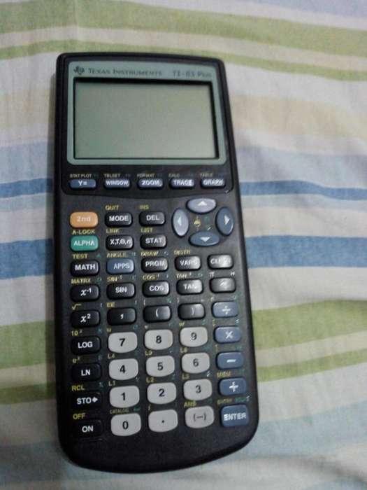 Calculadora cientfica Texas TI 83 plus excelente estado