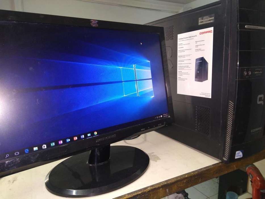 Computadora Compaq monitor 19 led disco solido