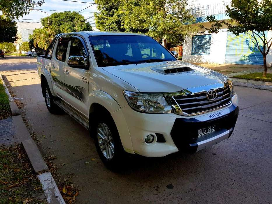 <strong>toyota</strong> Hilux 2015 - 78000 km