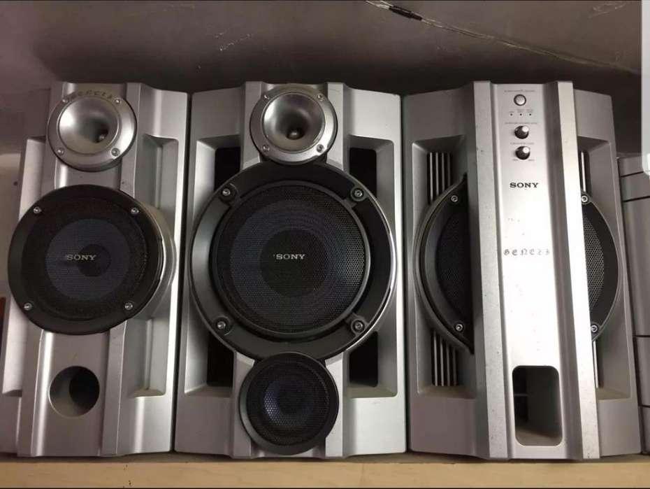 Parlantes Sony Mhc 880