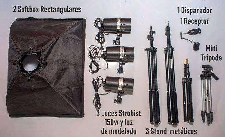 Kit luces flash de <strong>estudio</strong> 450W - 3 cabezas de 150W, 2 softbox, 3 stands