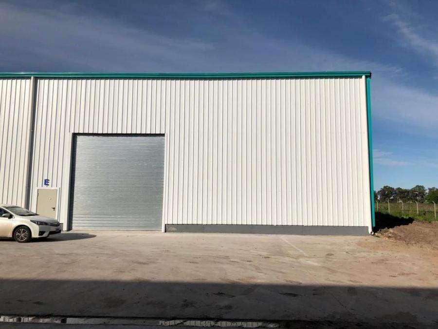 Nave Industrial de 1050 m2