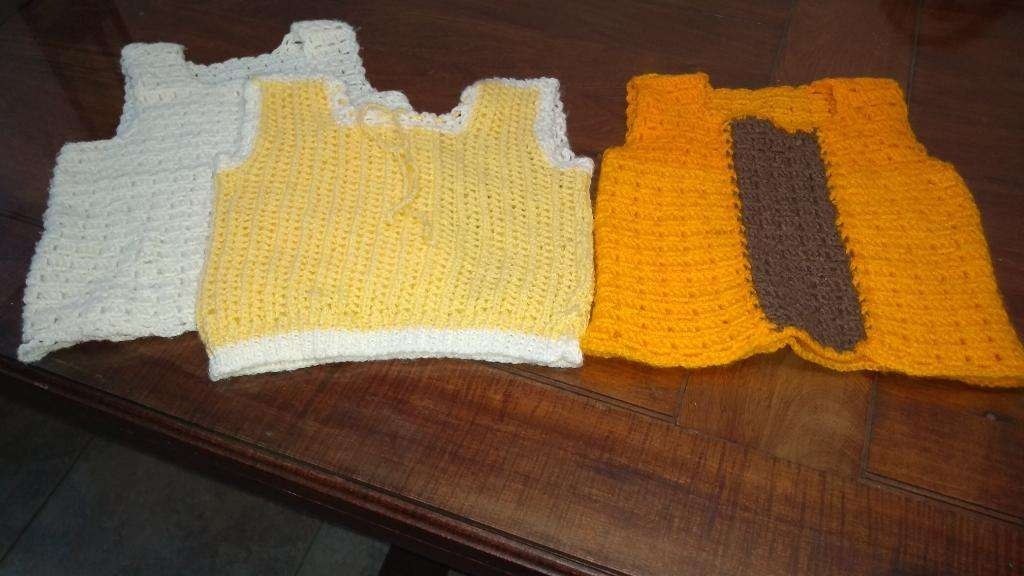 Chalecos Tejidos Al Crochet Para Bebes La Plata
