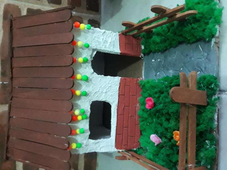Variedades en madera y navideas
