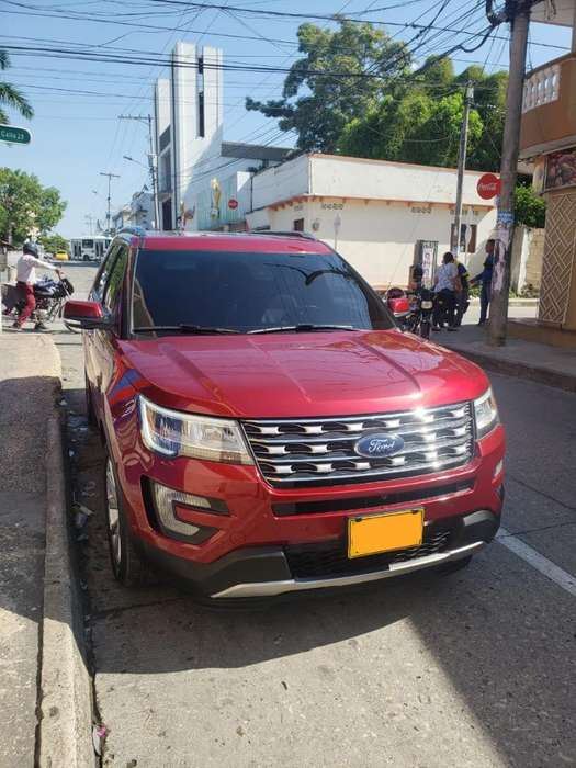 <strong>ford</strong> Explorer 2017 - 24000 km