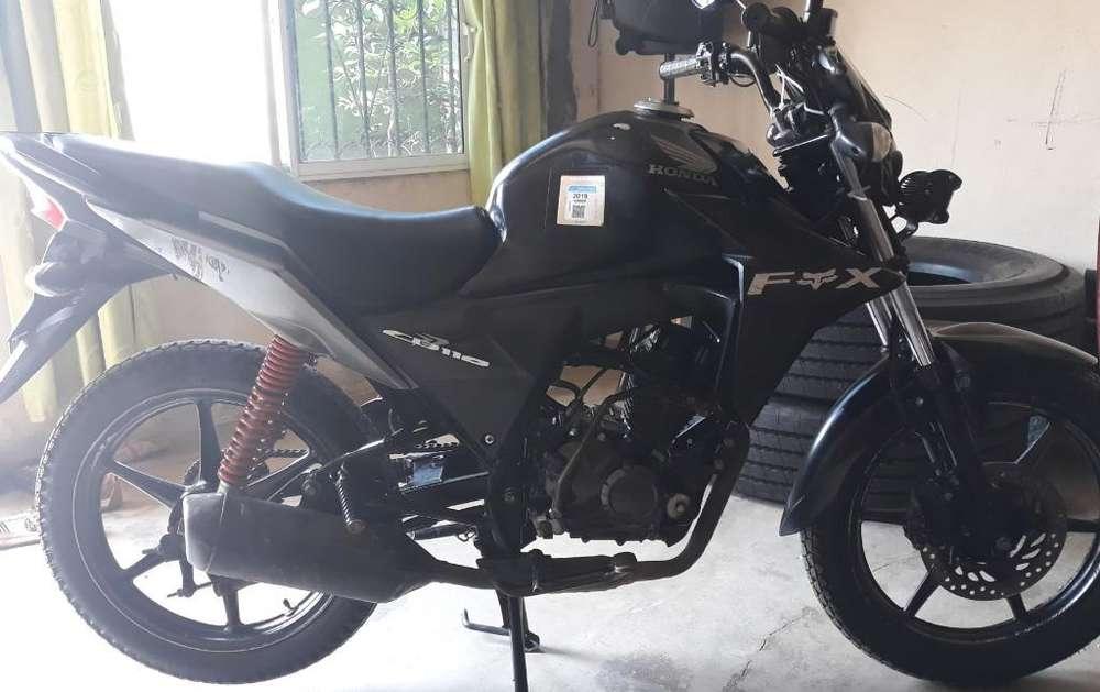 Vendo Moto <strong>honda</strong> Cb110 Twister Año 2013
