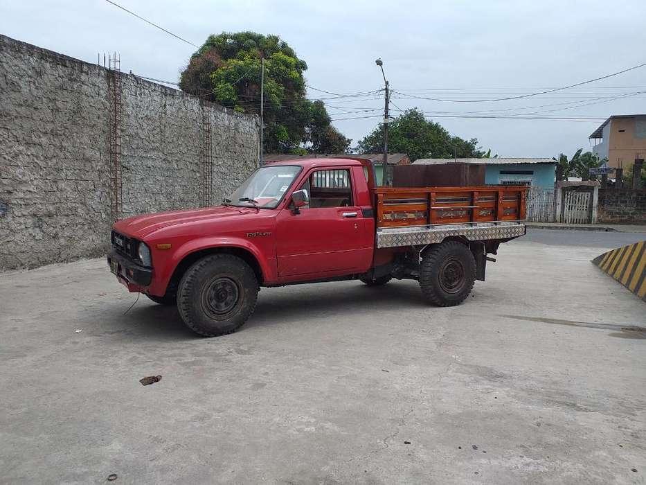 Toyota 2000 Modelo 79