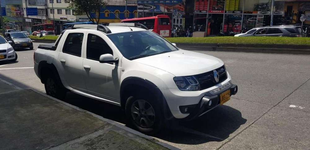 Renault Duster 2011 - 11900 km