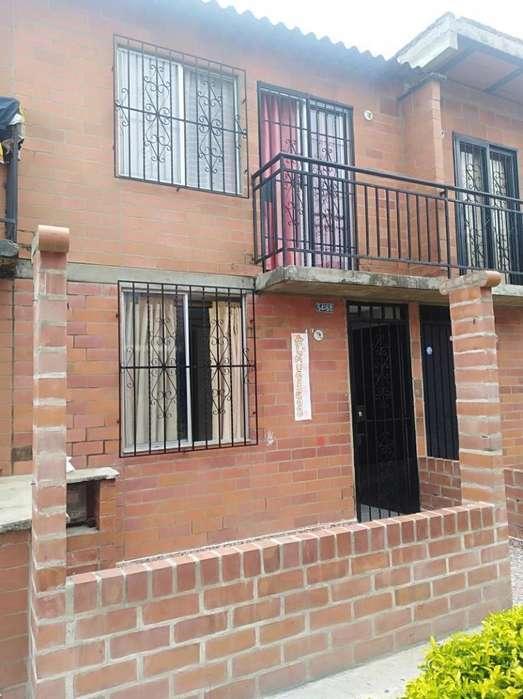 Casa En Venta En Cali Ciudad Córdoba Cod. VBUNI9343