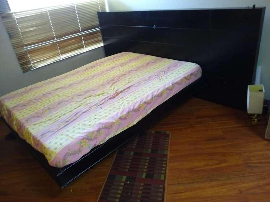 Se vende cama de 140 con colchon