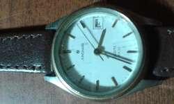 Reloj Junghans de dama con calendario