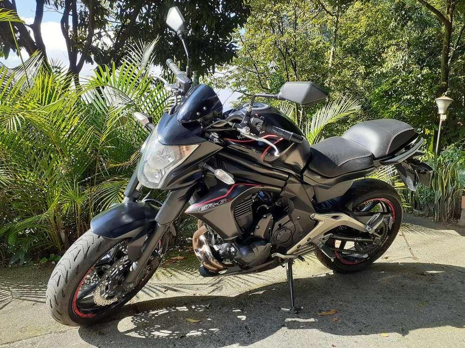 Kawasaki Er6n Como <strong>nueva</strong>
