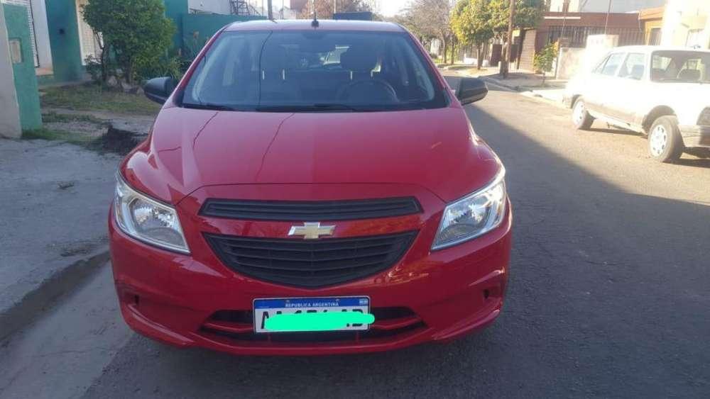 Chevrolet Onix 2016 - 8000 km