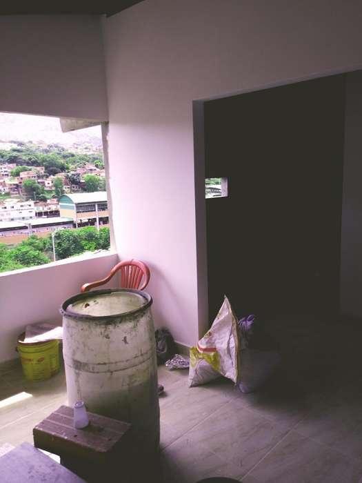 Apartamento Acevedo sobre <strong>plano</strong>s