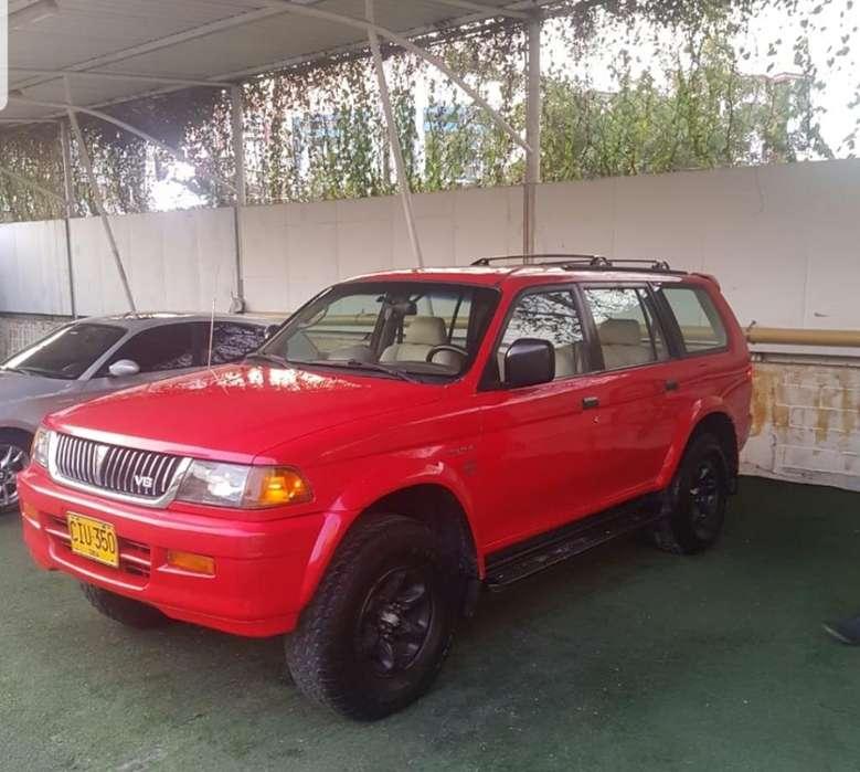 Mitsubishi Nativa 1999 - 210000 km