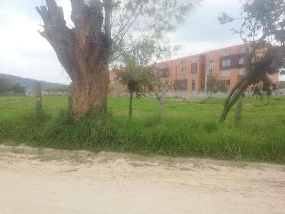 se venden lotes en Duitama a 100 mts del colegio Simón Bolivar
