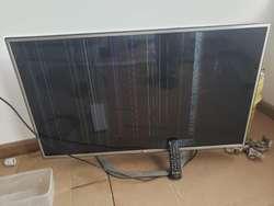 Vendo Tv Lg 42 Pulgadas, Pantalla Dañada