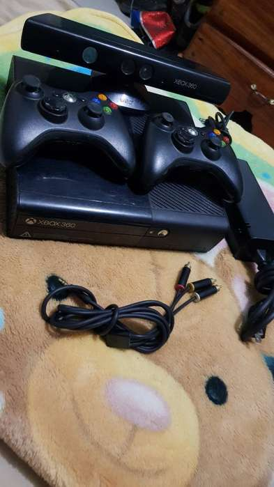 Xbox 360 2 Controles 1 Kinect