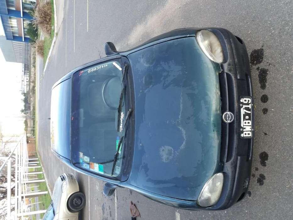 Chevrolet Corsa 1998 - 127000 km