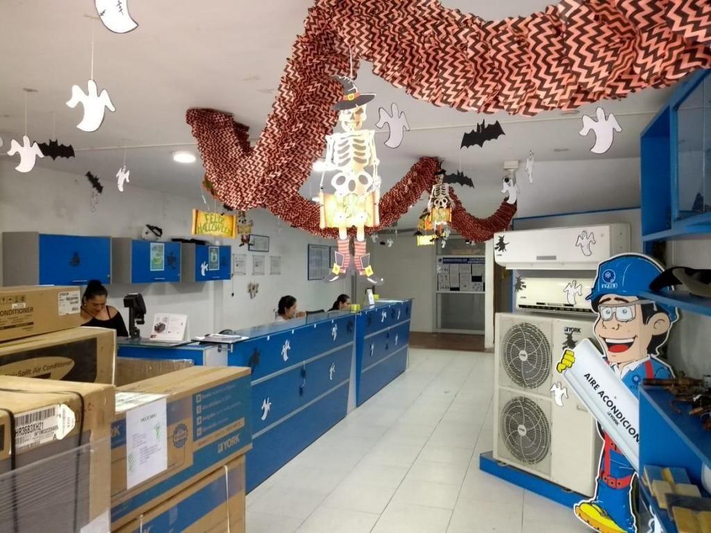 Edificio comercial Cucuta Local y 4 aptos Av 0 - wasi_930910