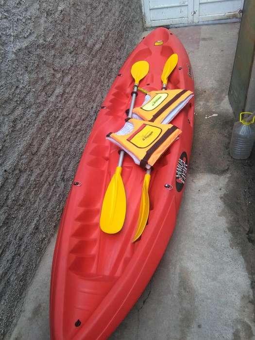 Kayak samoa family