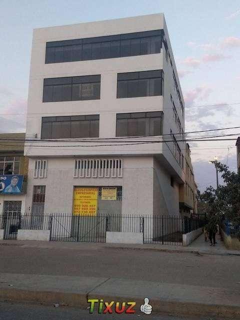 ALQUILO EDIFICIO CON LOCAL COMERCIAL EN CHICLAYO