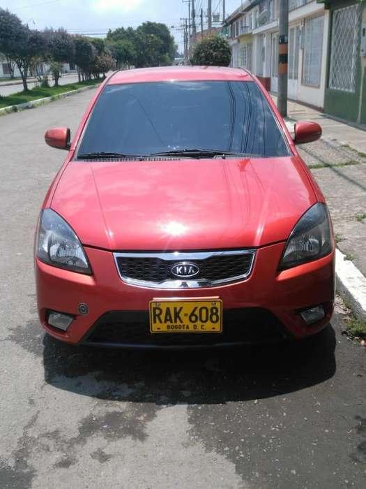 Kia Rio 2010 - 140000 km