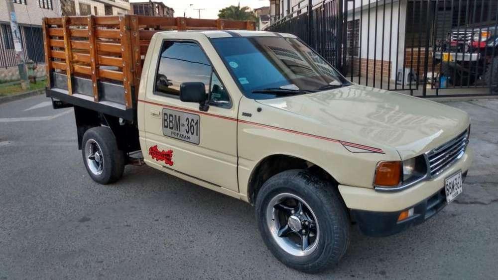 Chevrolet Luv 2300 1992 Estacas