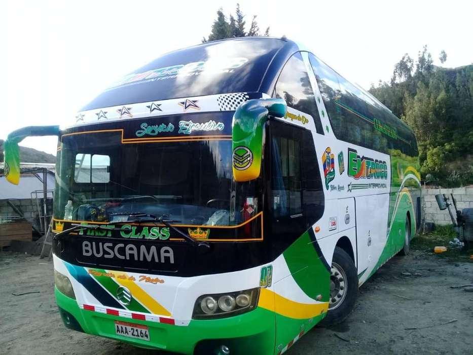 Se vende bus del año 2013
