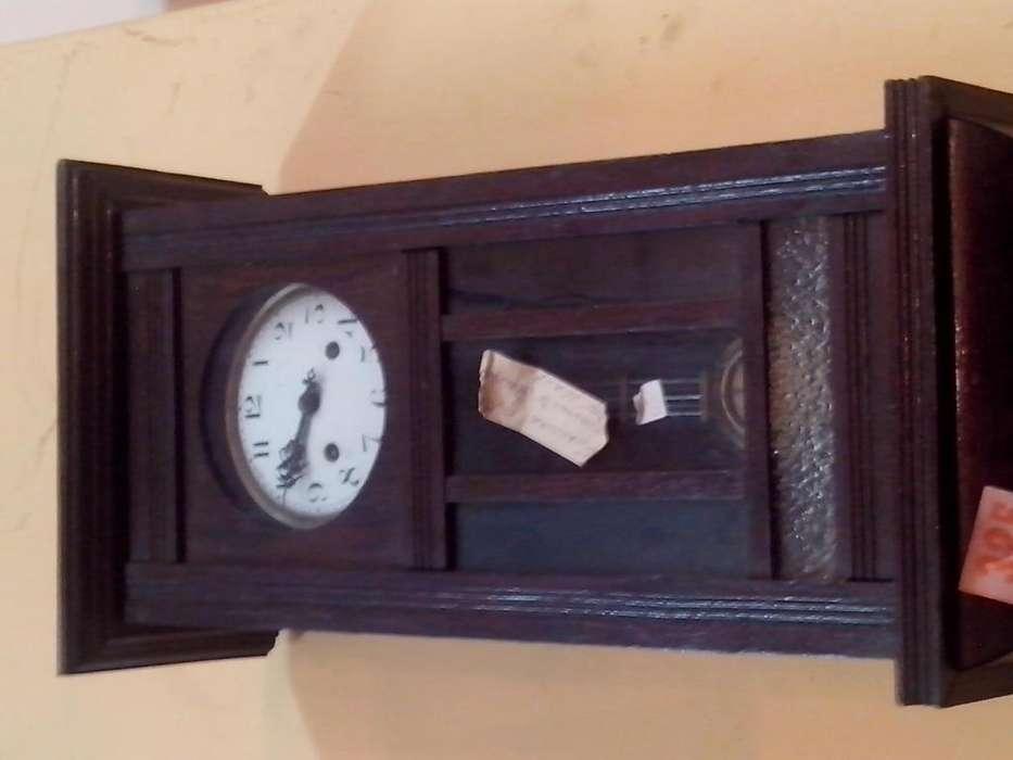 reloj antiguo a pndulo hermosa pieza