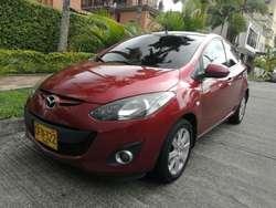 Mazda 2 Automático 2012 - Cuero - F.e.