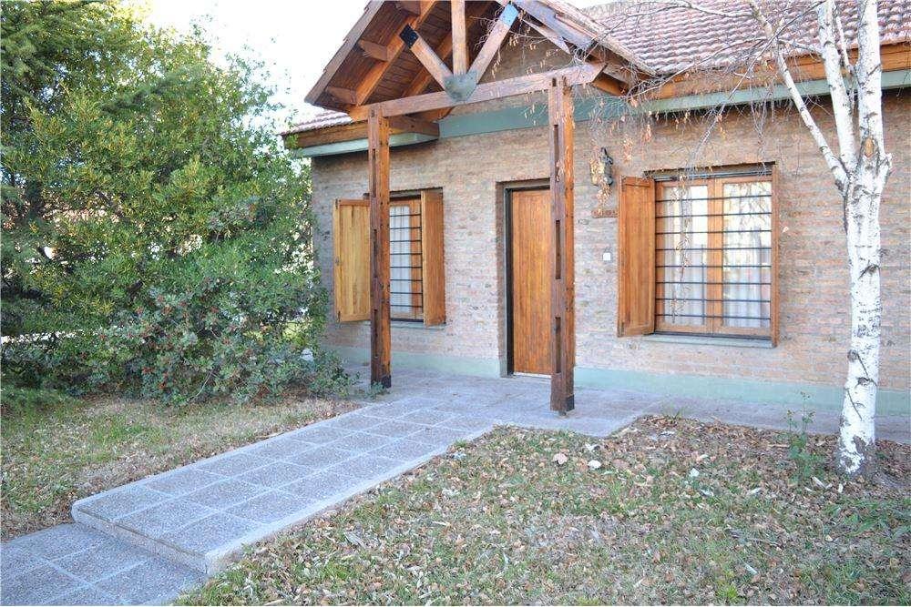 Venta Casa Barrio Las Viñitas.