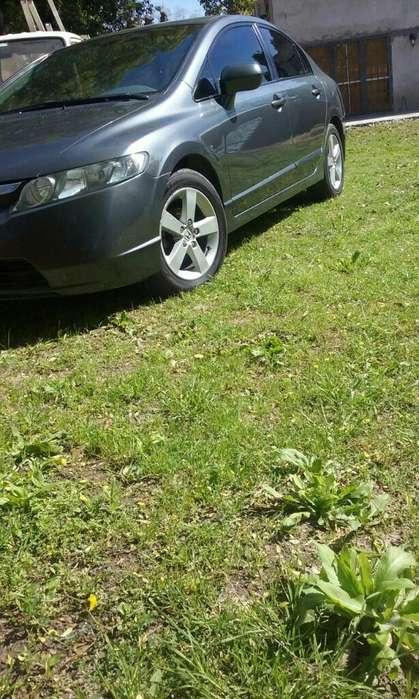 Honda Civic 2008 - 196500 km