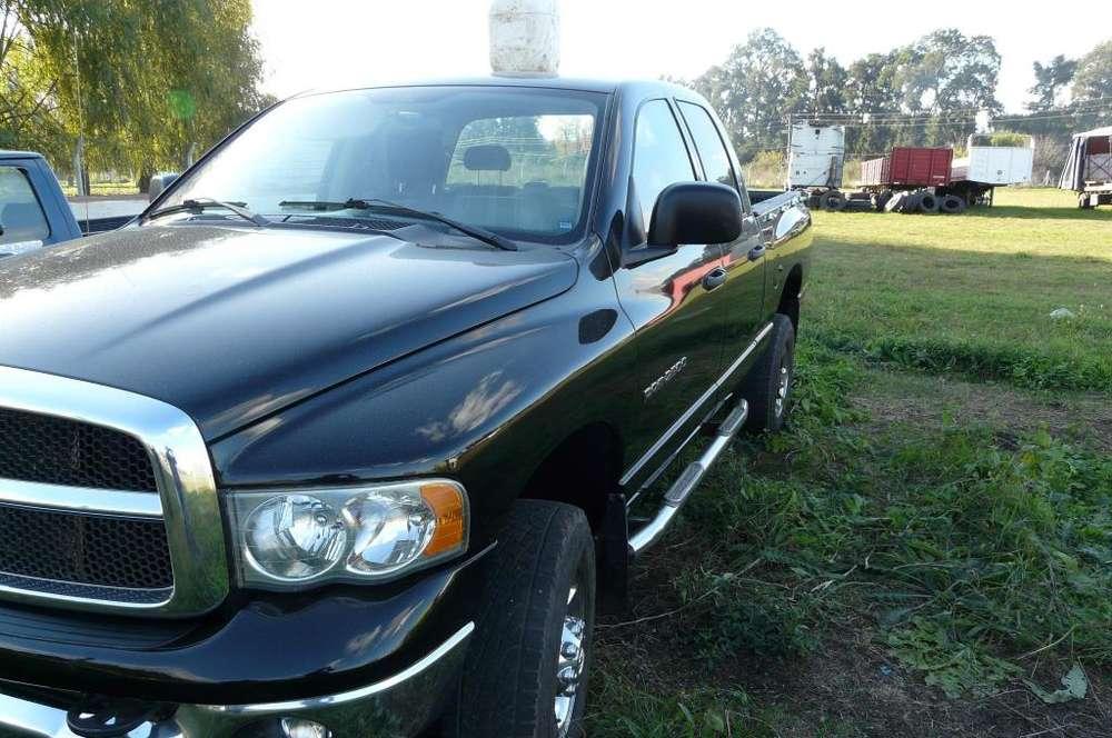 Dodge Ram 2500 2005 - 270000 km