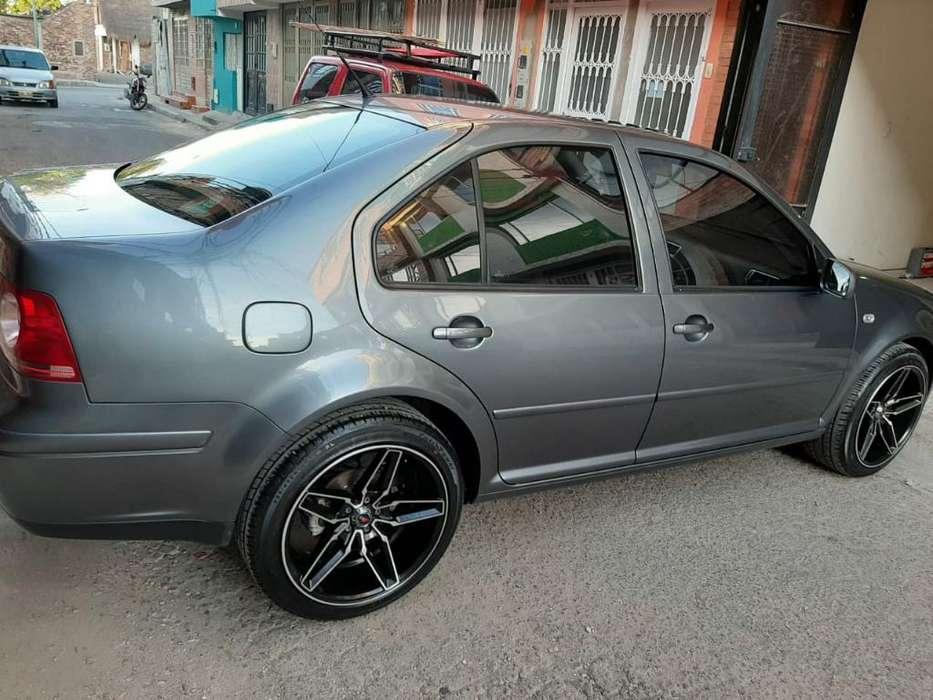 Volkswagen Jetta 2011 - 60300 km