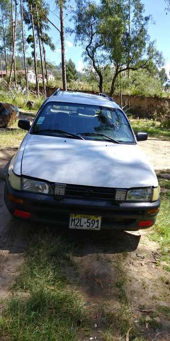 Toyota Corolla 1995 - 300000 km