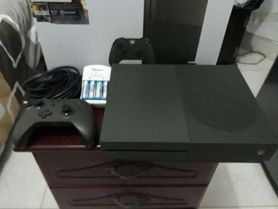 Xbox One S Ed. B1