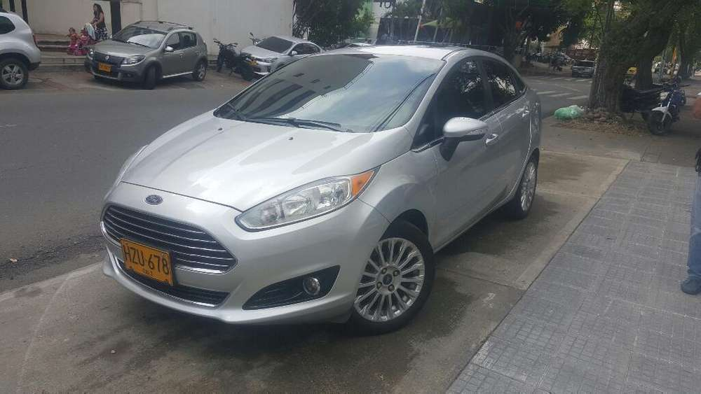 <strong>ford</strong> Fiesta  2014 - 70000 km