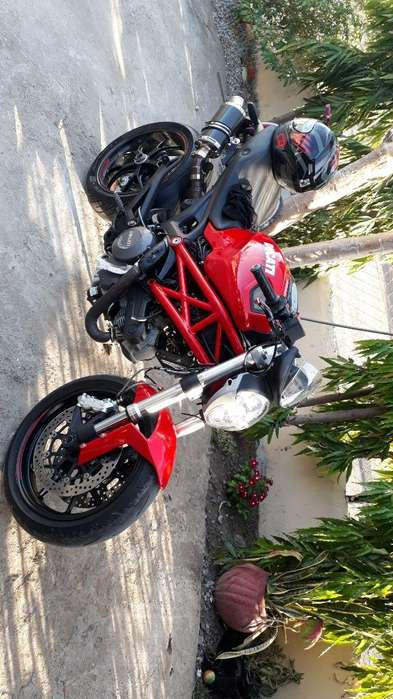 Vendo Ducati Monster 796