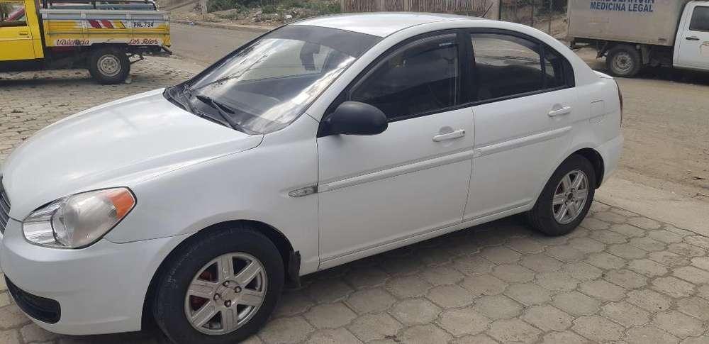 Hyundai Accent 2012 - 250000 km