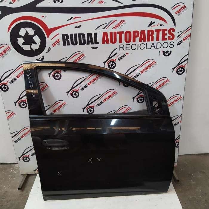 Puerta Delantera Derecha Chevrolet Prisma 8550 Oblea:02754284