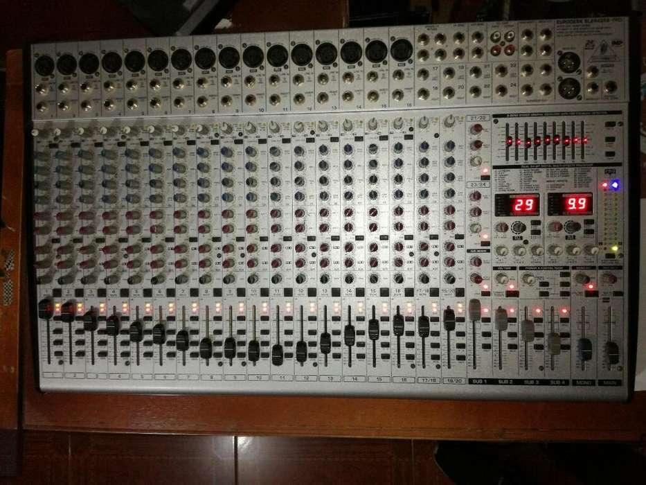 Mixer Mezcladora Behringer 24 Canales